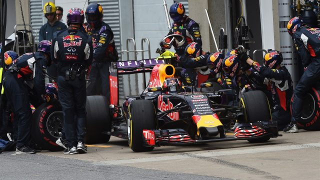 Daniil Kvyat (RUS) Red Bull Racing RB11 pit stop at Formula One World Championship, Rd7, Canadian Grand Prix, Race, Montreal, Canada, Sunday 7 June 2015. &copy&#x3b; Sutton Motorsport Images