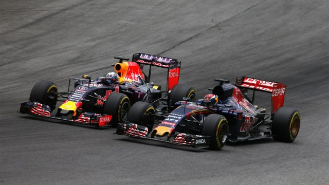 Max Verstappen (NDL) Scuderia Toro Rosso STR10 and Daniel Ricciardo (AUS) Red Bull Racing RB11 battle at Formula One World Championship, Rd8, Austrian Grand Prix, Race, Spielberg, Austria, Sunday 21 June 2015. &copy&#x3b; Sutton Motorsport Images