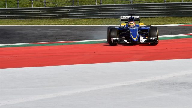 Raffaele Marciello (ITA) Sauber C34 runs wide at Formula One Testing, Day One, Spielberg, Austria, Tuesday 23 June 2015. &copy&#x3b; Sutton Motorsport Images