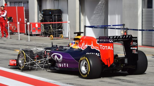 Daniel Ricciardo (AUS) Red Bull Racing RB11 with aero device at Formula One Testing, Day Two, Spielberg, Austria, Wednesday 24 June 2015. &copy&#x3b; Sutton Motorsport Images