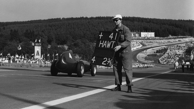Tony Brooks (Vanwall) makes his way down the hill towards the towering Eau Rouge. Spa-Francorchamps, Belgium, 15th June 1958. &copy&#x3b; LAT Photographic