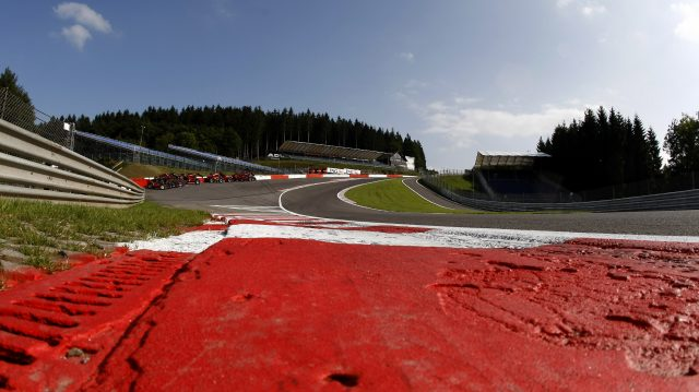 The famous hill of Eau Rouge, 2007. &copy&#x3b; LAT Photographic