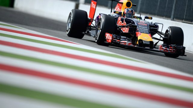 Daniil Kvyat (RUS) Red Bull Racing RB11 at Formula One World Championship, Rd12, Italian Grand Prix, Practice, Monza, Italy, Friday 4  September 2015. &copy&#x3b; Sutton Motorsport Images