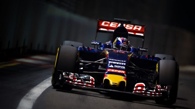Max Verstappen (NDL) Scuderia Toro Rosso STR10 at Formula One World Championship, Rd13, Singapore Grand Prix, Practice, Marina Bay Street Circuit, Singapore, Friday 18 September 2015. &copy&#x3b; Sutton Motorsport Images
