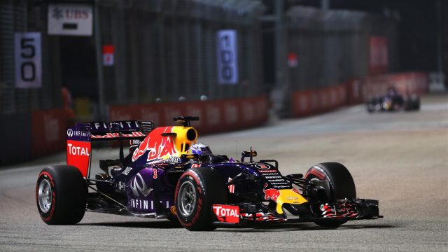 Daniel Ricciardo (AUS) Red Bull Racing RB11 at Formula One World Championship, Rd13, Singapore Grand Prix, Qualifying, Marina Bay Street Circuit, Singapore, Saturday 19  September 2015. &copy&#x3b; Copyright: Lionel Ng Sutton Motorsport Images