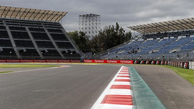Track view at Formula One World Championship, Rd19, Mexican Grand Prix, Preparations, Circuit Hermanos Rodriguez, Mexico City, Mexico, Thursday 27 October 2016. &copy&#x3b; Sutton Images