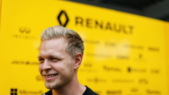Kevin Magnussen (DEN) Renault Sport F1 Team at Formula One World Championship, Rd19, Mexican Grand Prix, Preparations, Circuit Hermanos Rodriguez, Mexico City, Mexico, Thursday 27 October 2016. &copy&#x3b; Sutton Images