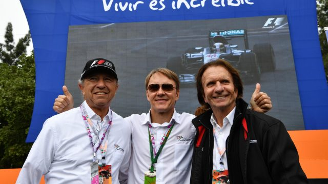 Jo Ramirez (MEX), Adrian Fernandez (MEX) and Emerson Fittipaldi (BRA) at Formula One World Championship, Rd19, Mexican Grand Prix, Practice, Circuit Hermanos Rodriguez, Mexico City, Mexico, Friday 28 October 2016. &copy&#x3b; Sutton Images