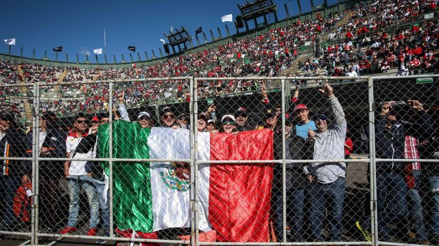 Fans at Formula One World Championship, Rd19, Mexican Grand Prix, Qualifying, Circuit Hermanos Rodriguez, Mexico City, Mexico, Saturday 29 October 2016. &copy&#x3b; Sutton Images