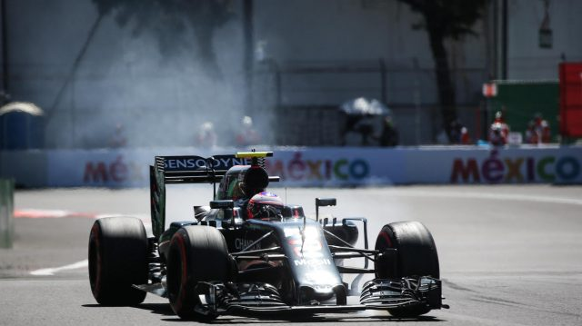 Jenson Button (GBR) McLaren MP4-31 locks up at Formula One World Championship, Rd19, Mexican Grand Prix, Qualifying, Circuit Hermanos Rodriguez, Mexico City, Mexico, Saturday 29 October 2016. &copy&#x3b; Sutton Images