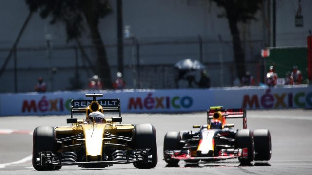 Kevin Magnussen (DEN) Renault Sport F1 Team RS16 at Formula One World Championship, Rd19, Mexican Grand Prix, Qualifying, Circuit Hermanos Rodriguez, Mexico City, Mexico, Saturday 29 October 2016. &copy&#x3b; Sutton Images