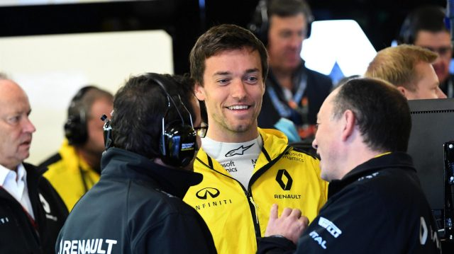 Jolyon Palmer (GBR) Renault Sport F1 Team at Formula One World Championship, Rd19, Mexican Grand Prix, Qualifying, Circuit Hermanos Rodriguez, Mexico City, Mexico, Saturday 29 October 2016. &copy&#x3b; Sutton Images