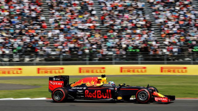 Daniel Ricciardo (AUS) Red Bull Racing RB12 at Formula One World Championship, Rd19, Mexican Grand Prix, Qualifying, Circuit Hermanos Rodriguez, Mexico City, Mexico, Saturday 29 October 2016. &copy&#x3b; Sutton Images