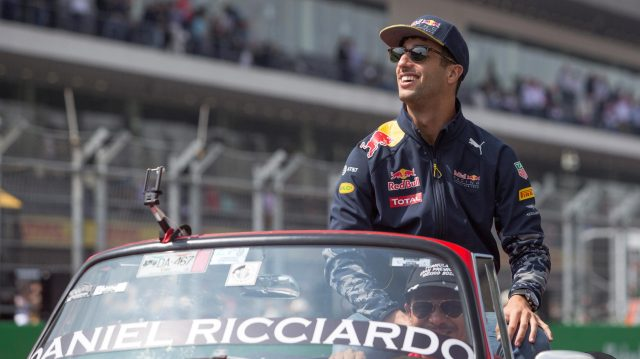Daniel Ricciardo (AUS) Red Bull Racing on the drivers parade on the drivers parade at Formula One World Championship, Rd19, Mexican Grand Prix, Race, Circuit Hermanos Rodriguez, Mexico City, Mexico, Sunday 30 October 2016. &copy&#x3b; Sutton Images