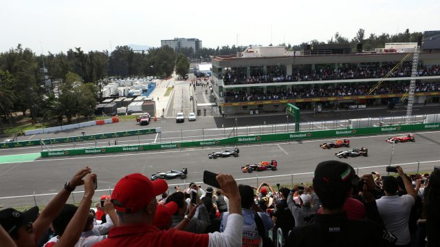 Lewis Hamilton (GBR) Mercedes-Benz F1 W07 Hybrid leads at the start of the race at Formula One World Championship, Rd19, Mexican Grand Prix, Race, Circuit Hermanos Rodriguez, Mexico City, Mexico, Sunday 30 October 2016. &copy&#x3b; Sutton Images