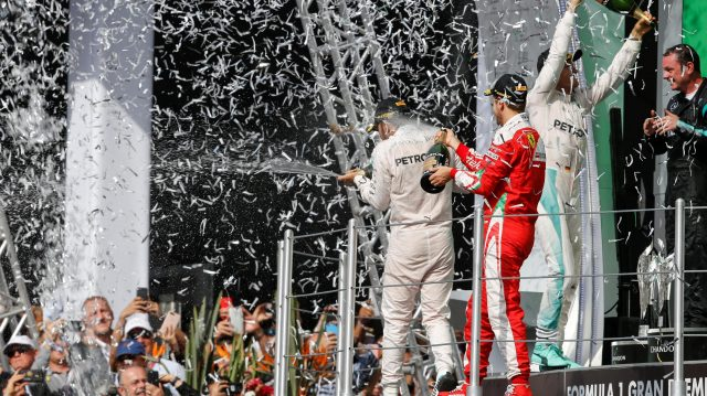 Tom Walton (GBR) Mercedes AMG F1 Engineer, Nico Rosberg (GER) Mercedes AMG F1, Lewis Hamilton (GBR) Mercedes AMG F1 and Sebastian Vettel (GER) Ferrari celebrate on the podium with the champagne at Formula One World Championship, Rd19, Mexican Grand Prix, Race, Circuit Hermanos Rodriguez, Mexico City, Mexico, Sunday 30 October 2016. &copy&#x3b; Sutton Images