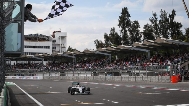 Race winner Lewis Hamilton (GBR) Mercedes-Benz F1 W07 Hybrid takes the chequered flag at Formula One World Championship, Rd19, Mexican Grand Prix, Race, Circuit Hermanos Rodriguez, Mexico City, Mexico, Sunday 30 October 2016. &copy&#x3b; Sutton Images