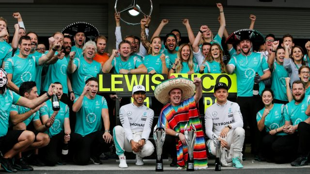 Lewis Hamilton (GBR) Mercedes AMG F1 and Nico Rosberg (GER) Mercedes AMG F1 celebrate with the team at Formula One World Championship, Rd19, Mexican Grand Prix, Race, Circuit Hermanos Rodriguez, Mexico City, Mexico, Sunday 30 October 2016. &copy&#x3b; Sutton Images