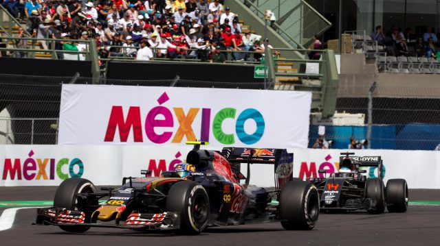 Carlos Sainz (ESP) Scuderia Toro Rosso STR11 at Formula One World Championship, Rd19, Mexican Grand Prix, Race, Circuit Hermanos Rodriguez, Mexico City, Mexico, Sunday 30 October 2016. &copy&#x3b; Sutton Images