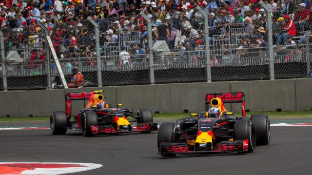 Daniel Ricciardo (AUS) Red Bull Racing RB12 and Max Verstappen (NED) Red Bull Racing RB12 at Formula One World Championship, Rd19, Mexican Grand Prix, Race, Circuit Hermanos Rodriguez, Mexico City, Mexico, Sunday 30 October 2016. &copy&#x3b; Sutton Images