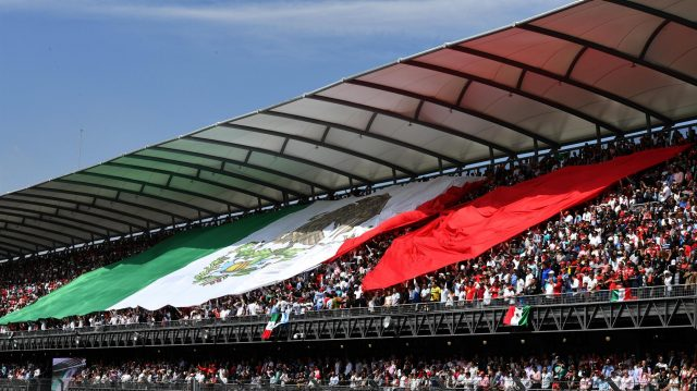 Fans at Formula One World Championship, Rd19, Mexican Grand Prix, Race, Circuit Hermanos Rodriguez, Mexico City, Mexico, Sunday 30 October 2016. &copy&#x3b; Sutton Images