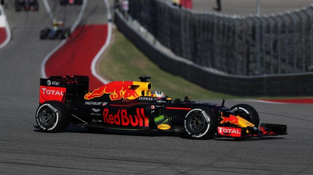 Daniel Ricciardo (AUS) Red Bull Racing RB12 at Formula One World Championship, Rd18, United States Grand Prix, Qualifying, Circuit of the Americas, Austin, Texas, USA, Saturday 22 October 2016. &copy&#x3b; Sutton Images