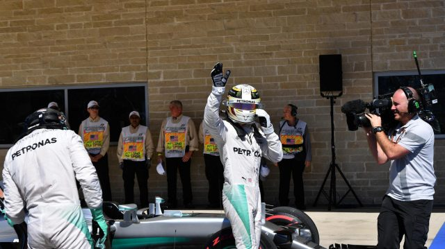 Pole sitter Lewis Hamilton (GBR) Mercedes AMG F1 celebrates in parc ferme at Formula One World Championship, Rd18, United States Grand Prix, Qualifying, Circuit of the Americas, Austin, Texas, USA, Saturday 22 October 2016. &copy&#x3b; Sutton Images