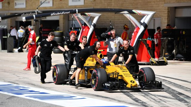 Jolyon Palmer (GBR) Renault Sport F1 Team RS16 is pushed by the mechanics in pit lane at Formula One World Championship, Rd18, United States Grand Prix, Qualifying, Circuit of the Americas, Austin, Texas, USA, Saturday 22 October 2016. &copy&#x3b; Sutton Images