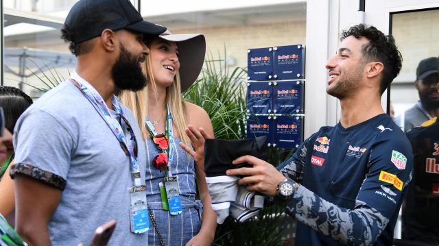 Daniel Ricciardo (AUS) Red Bull Racing and Patty Mills (AUS) San Antonio Spurs Basketball Player at Formula One World Championship, Rd18, United States Grand Prix, Qualifying, Circuit of the Americas, Austin, Texas, USA, Saturday 22 October 2016. &copy&#x3b; Sutton Images