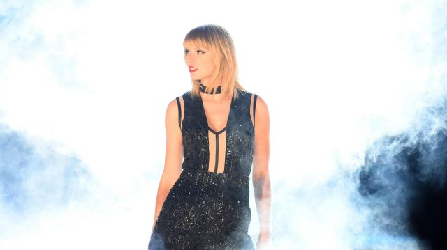 Taylor Swift (USA) in concert at Formula One World Championship, Rd18, United States Grand Prix, Qualifying, Circuit of the Americas, Austin, Texas, USA, Saturday 22 October 2016. &copy&#x3b; Sutton Images