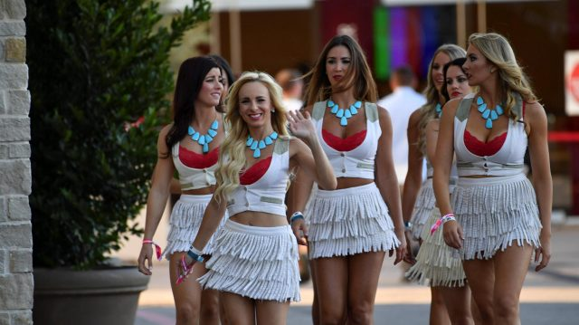 Grid girls at Formula One World Championship, Rd18, United States Grand Prix, Qualifying, Circuit of the Americas, Austin, Texas, USA, Saturday 22 October 2016. &copy&#x3b; Sutton Images