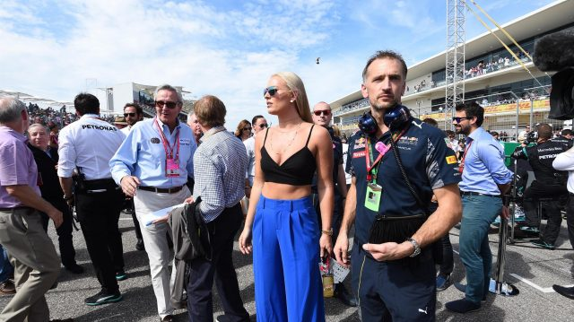 Lindsey Vonn (USA) Alpine Ski Racer on the grid at Formula One World Championship, Rd18, United States Grand Prix, Race, Circuit of the Americas, Austin, Texas, USA, Sunday 23 October 2016. &copy&#x3b; Sutton Images