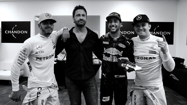 (L to R) Podium finishers Lewis Hamilton, 1st, Mercedes&#x3b; Daniel Ricciardo, 3rd, Red Bull&#x3b; Nico Rosberg 2nd, Mercedes, with actor Gerard Butler, 2016 Formula 1 United States Grand Prix, Austin &copy&#x3b; FOWC Ltd