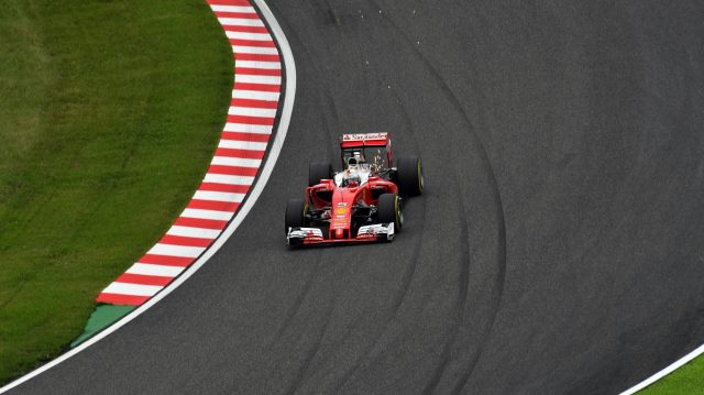 Sebastian Vettel (GER) Ferrari SF16-H sparks at Formula One World Championship, Rd17, Japanese Grand Prix, Qualifying, Suzuka, Japan, Saturday 8 October 2016. &copy&#x3b; Sutton Images