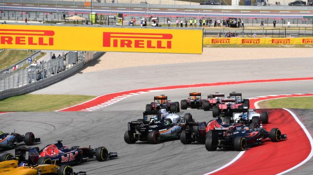 Nico Hulkenberg (GER) Force India VJM09, Carlos Sainz (ESP) Scuderia Toro Rosso STR11 and Fernando Alonso (ESP) McLaren MP4-31 clash at the start of the race at Formula One World Championship, Rd18, United States Grand Prix, Race, Circuit of the Americas, Austin, Texas, USA, Sunday 23 October 2016. &copy&#x3b; Sutton Images