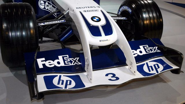 Williams BMW FW26 front wing detail. Williams Launch, Valencia, Spain, 5 January 2004. © Sutton Motorsport Images