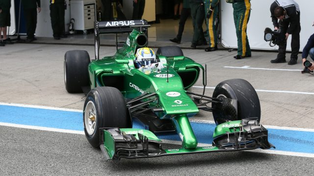 Marcus Ericsson exits the garage in the unusual Caterham CT05. Formula One Testing, Jerez, Spain, Day One, Tuesday 28 January 2014. &copy&#x3b; Sutton Motorsport Images