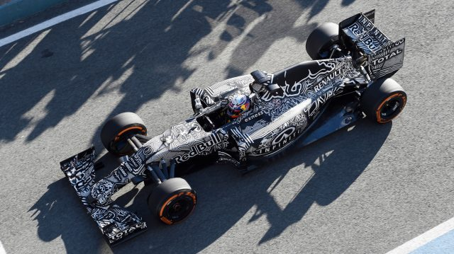 Daniel Ricciardo debuts the Red Bull Racing RB11 'Camobull' at Formula One testing in Jerez, Spain, 1 February 2015. &copy&#x3b; Sutton Motorsport Images