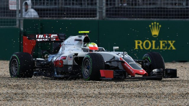 Esteban Gutierrez (MEX) Haas VF-16 in the gravel at Formula One World Championship, Rd1, Australian Grand Prix, Practice, Albert Park, Melbourne, Australia, Friday 18 March 2016. &copy&#x3b; Sutton Motorsport Images