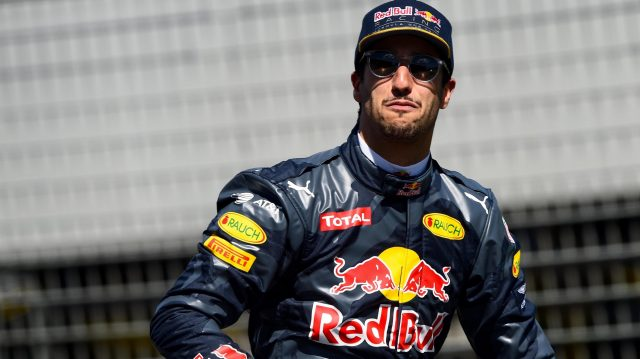 Daniel Ricciardo (AUS) Red Bull Racing on the drivers parade at Formula One World Championship, Rd1, Australian Grand Prix, Race, Albert Park, Melbourne, Australia, Sunday 20 March 2016. &copy&#x3b; Sutton Motorsport Images