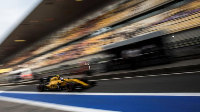 Jolyon Palmer (GBR) Renault Sport F1 Team RS16 at Formula One World Championship, Rd3, Chinese Grand Prix, Practice, Shanghai, China, Friday 15 April 2016. &copy&#x3b; Sutton Motorsport Images