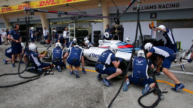 Williams FW38 practice pitstop at Formula One World Championship, Rd2, Bahrain Grand Prix Preparations, Bahrain International Circuit, Sakhir, Bahrain, Thursday 31 March 2016. &copy&#x3b; Sutton Motorsport Images