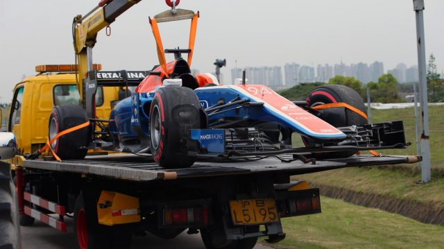 The crashed car of Pascal Wehrlein (GER) Manor Racing MRT05 is recovered in Q1 at Formula One World Championship, Rd3, Chinese Grand Prix, Qualifying, Shanghai, China, Saturday 16 April 2016. &copy&#x3b; Sutton Motorsport Images