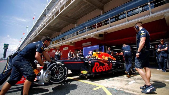Daniel Ricciardo (AUS) Red Bull Racing RB12 at Formula One Testing, Day One, Barcelona, Spain, 17 May 2016. &copy&#x3b; Sutton Images