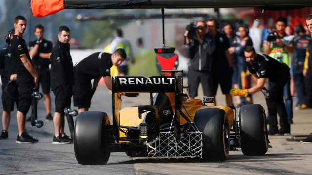 Kevin Magnussen (DEN) Renault Sport F1 Team RS16 with aero sensor at Formula One Testing, Day Two, Barcelona, Spain, 18 May 2016. &copy&#x3b; Sutton Images