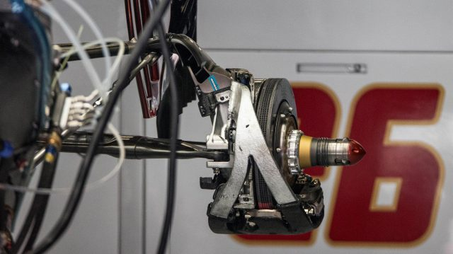Scuderia Toro Rosso STR11 rear brake and wheel hub at Formula One World Championship, Rd5, Spanish Grand Prix, Preparations, Barcelona, Spain, Thursday 12 May 2016. &copy&#x3b; Sutton Images