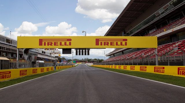 Track view / main straight at Formula One World Championship, Rd5, Spanish Grand Prix, Preparations, Barcelona, Spain, Thursday 12 May 2016. &copy&#x3b; Sutton Images