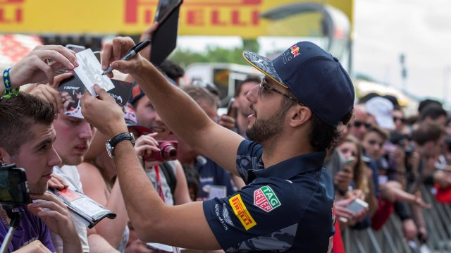 Daniel Ricciardo (AUS) Red Bull Racing signs autographs for the fans at Formula One World Championship, Rd5, Spanish Grand Prix, Preparations, Barcelona, Spain, Thursday 12 May 2016. &copy&#x3b; Sutton Images