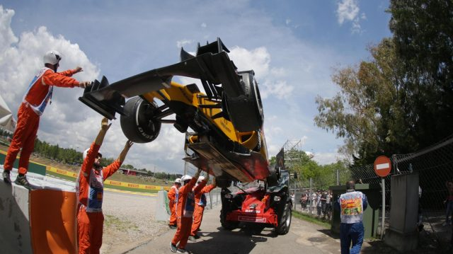 The car of Jolyon Palmer (GBR) Renault Sport F1 Team RS16 is recovered after a rear tyre deflation in FP2 at Formula One World Championship, Rd5, Spanish Grand Prix, Practice, Barcelona, Spain, Friday 13 May 2016. &copy&#x3b; Sutton Images