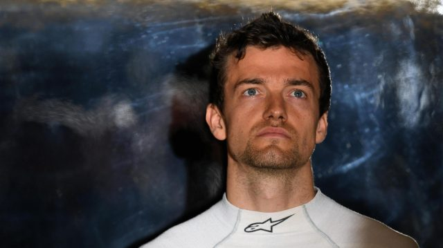 Jolyon Palmer (GBR) Renault Sport F1 Team at Formula One World Championship, Rd5, Spanish Grand Prix, Qualifying, Barcelona, Spain, Saturday 14 May 2016. &copy&#x3b; Sutton Motorsport Images